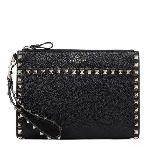 Rockstud black grained leather pouch