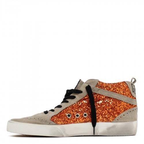 Knit sweater with graffiti animal