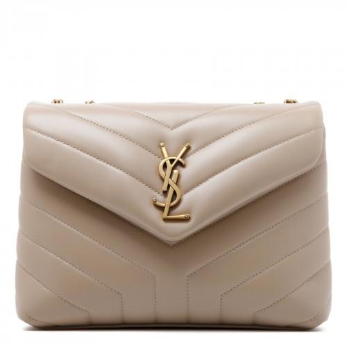 Python print sleeveless dress